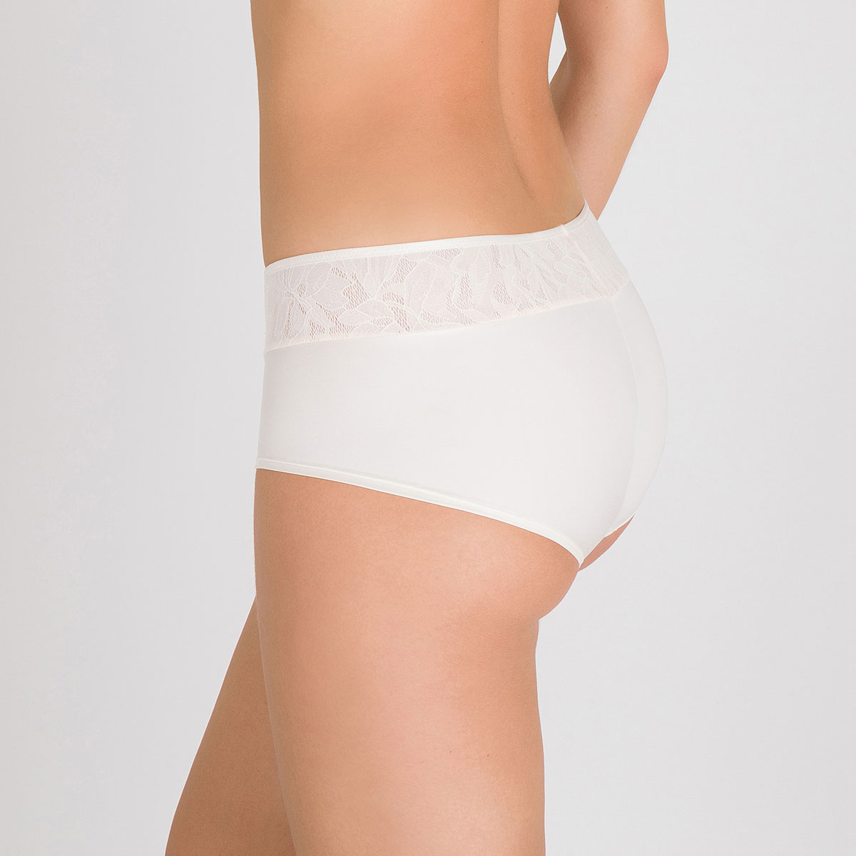 Shorty ivoire - Ideal Beauty Lace-PLAYTEX