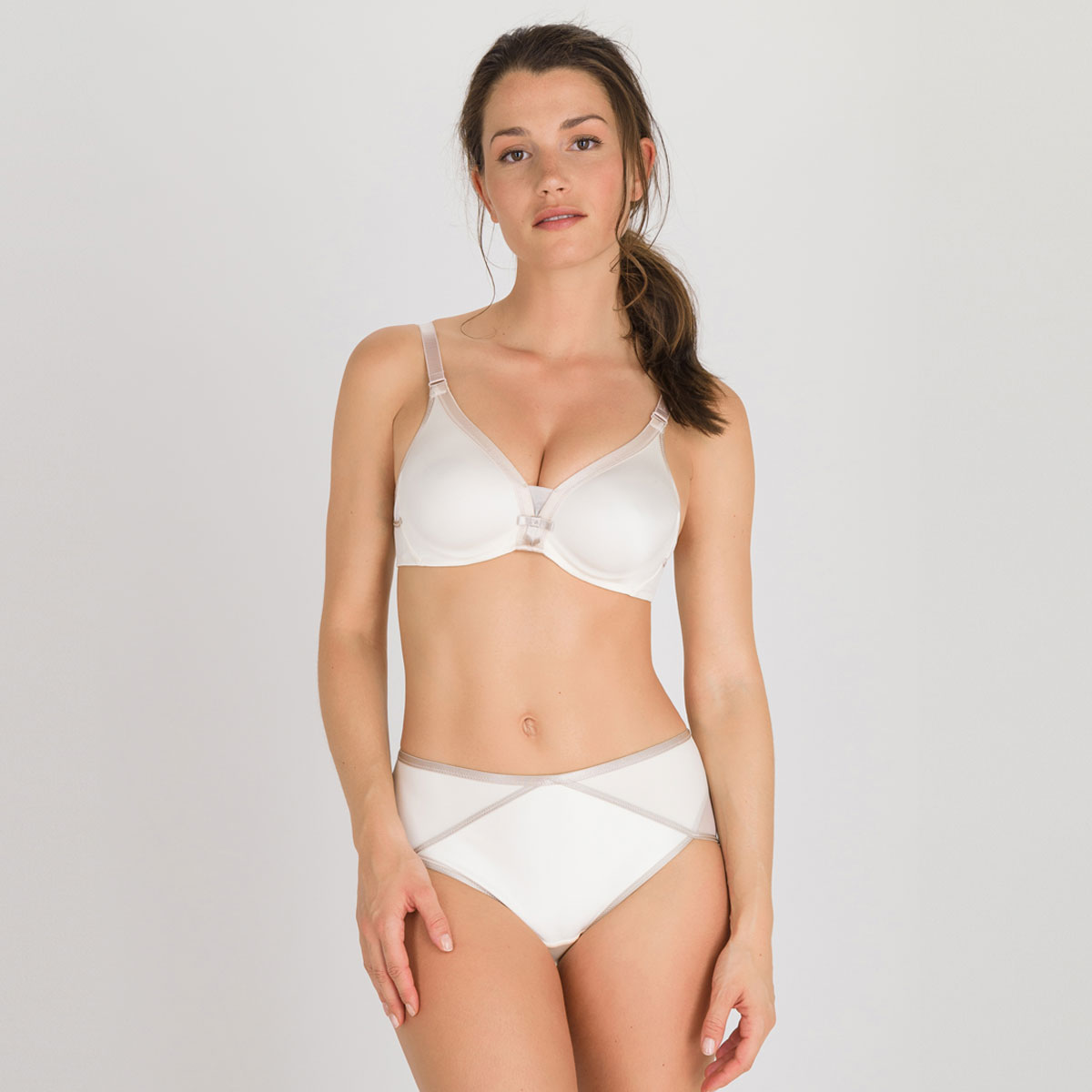 Soutien-gorge emboîtant nacre - Ideal Beauty-PLAYTEX