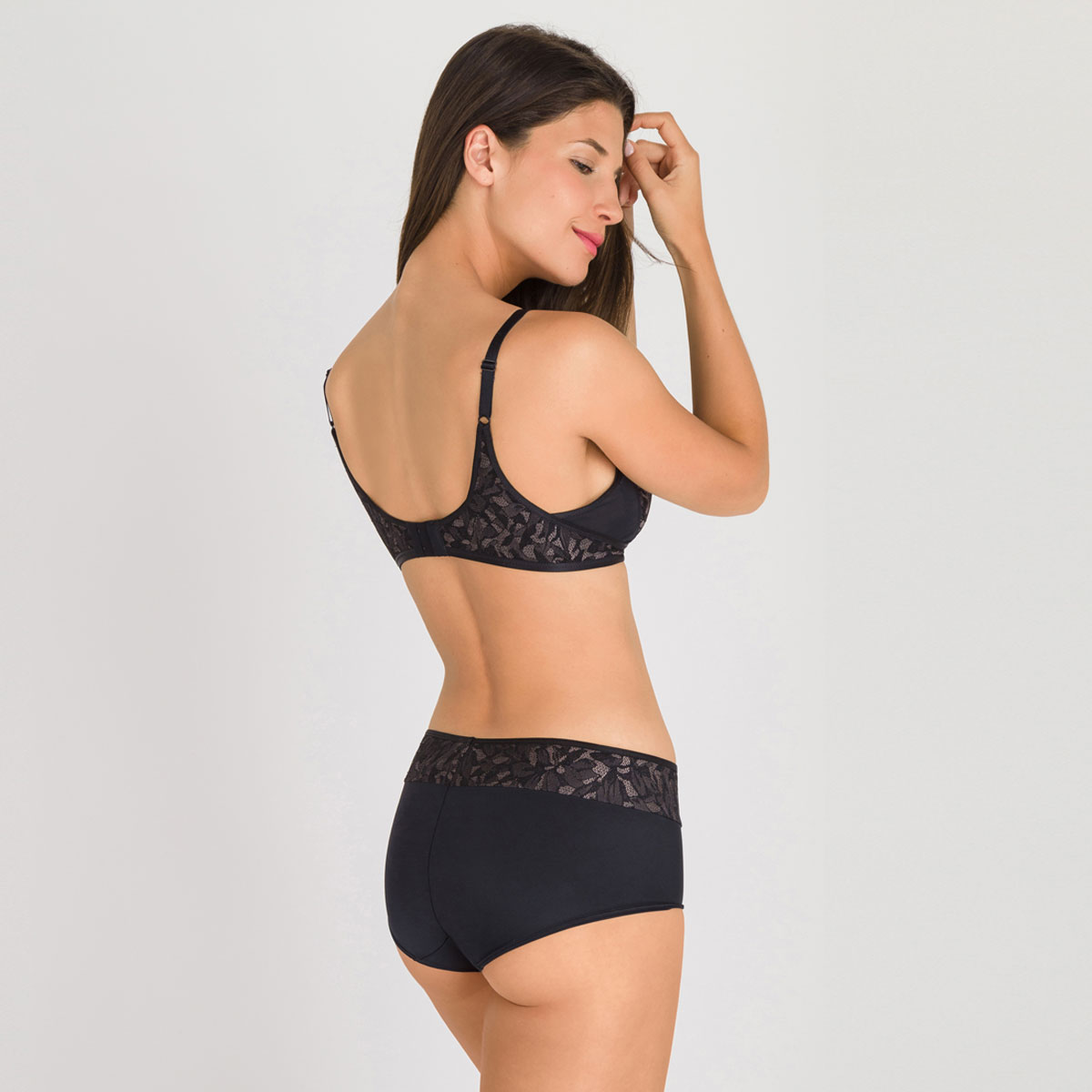 Shorty noir gris - Ideal Beauty Lace, , PLAYTEX