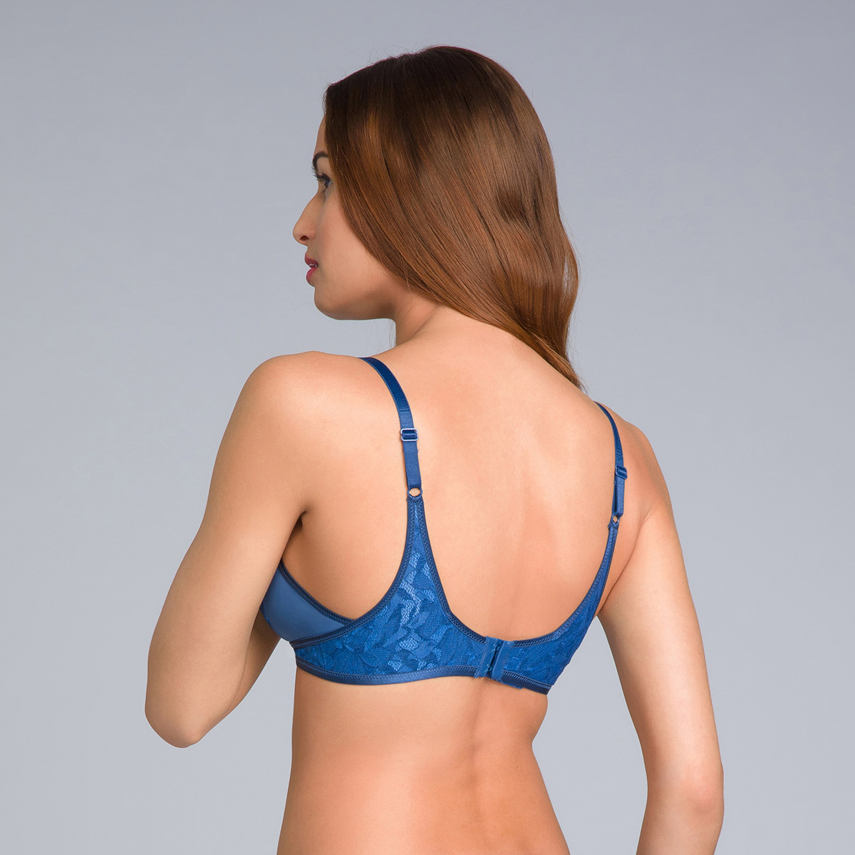 Soutien-gorge sans armatures bleu marine - Ideal Beauty Lace, , PLAYTEX