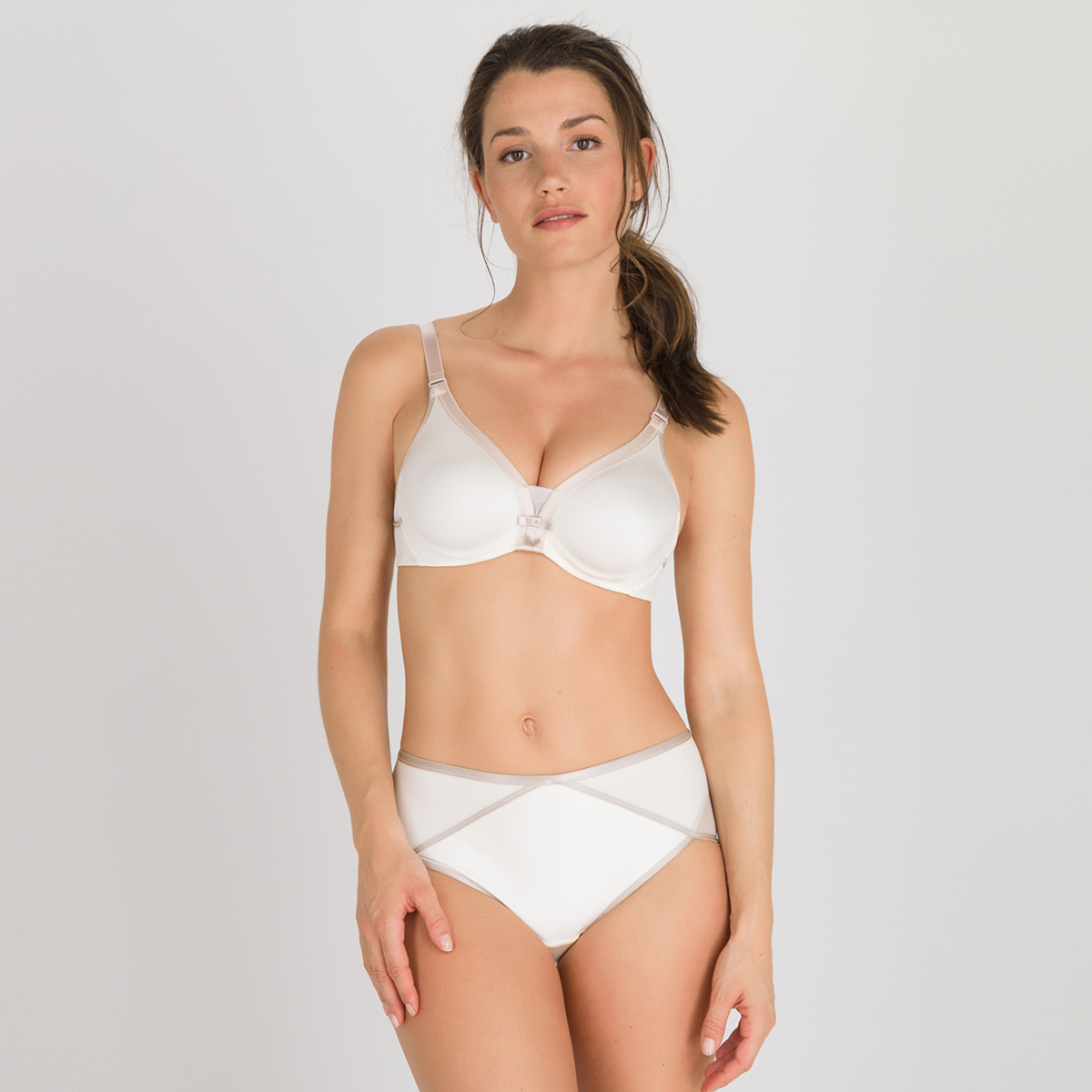 Soutien-gorge emboîtant nacre - Ideal Beauty, , PLAYTEX