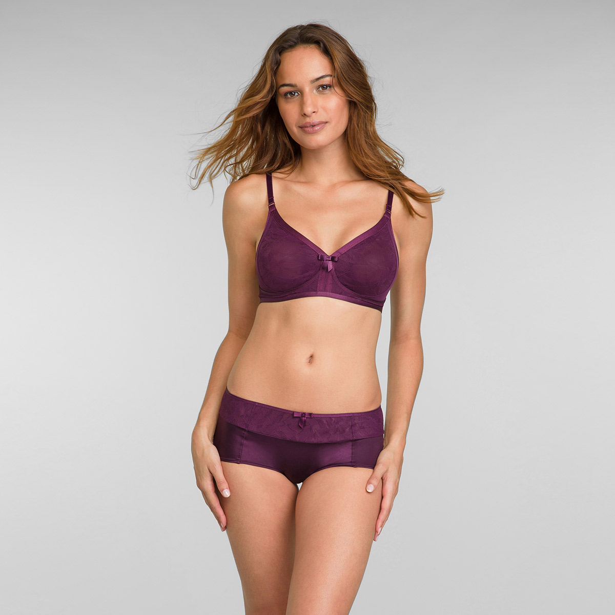 Soutien-gorge dentelle prune sans armatures Ideal Beauty Lace, , PLAYTEX